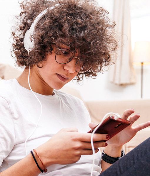 girl using mobile internet